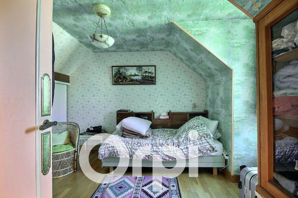 Maison à vendre 5 130m2 à Chaville vignette-9