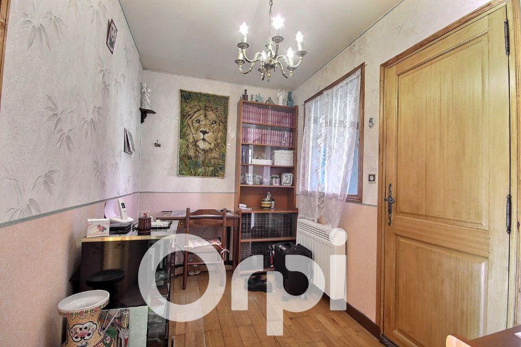 Maison à vendre 5 130m2 à Chaville vignette-10