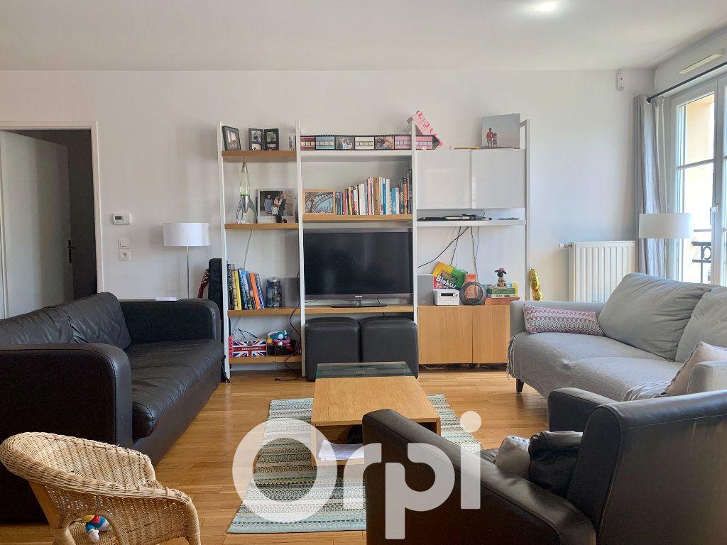 Appartement à louer 5 99.96m2 à Chaville vignette-1