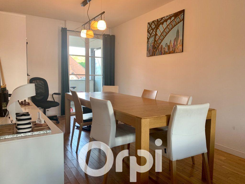 Appartement à louer 5 99.96m2 à Chaville vignette-8
