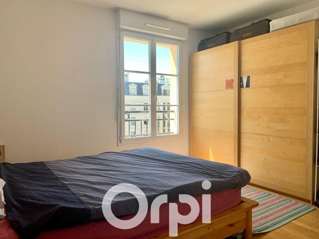 Appartement à louer 5 99.96m2 à Chaville vignette-9