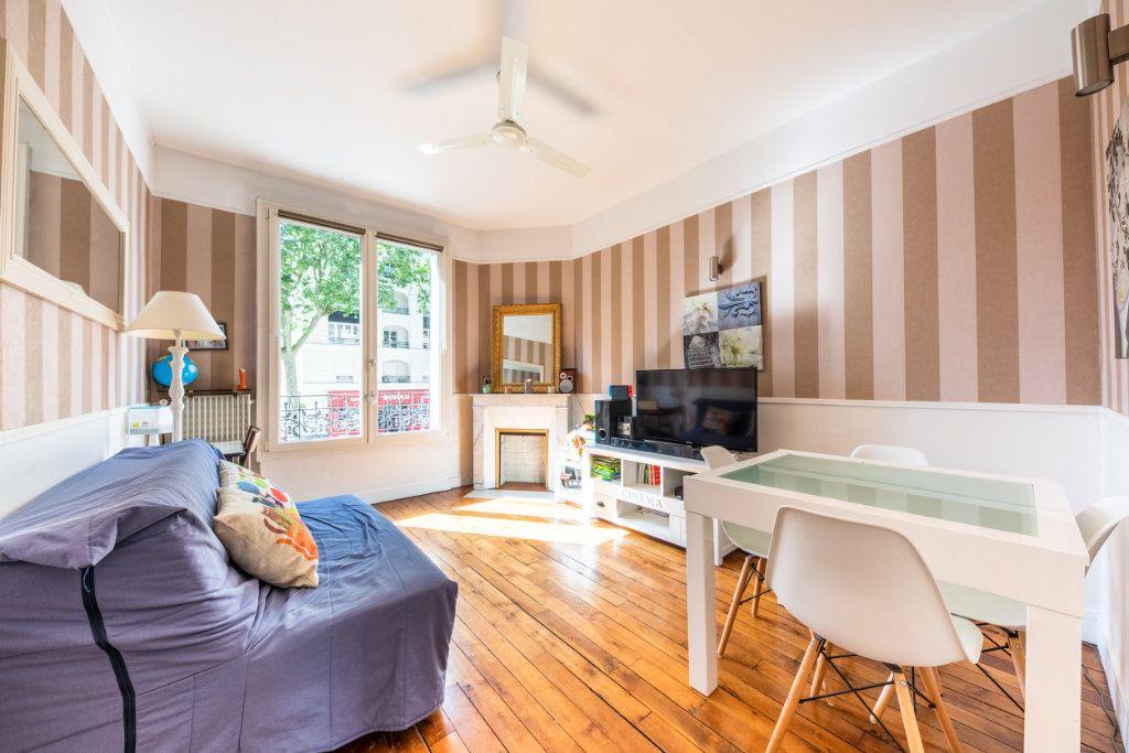 Appartement à louer 3 52.34m2 à Chaville vignette-1