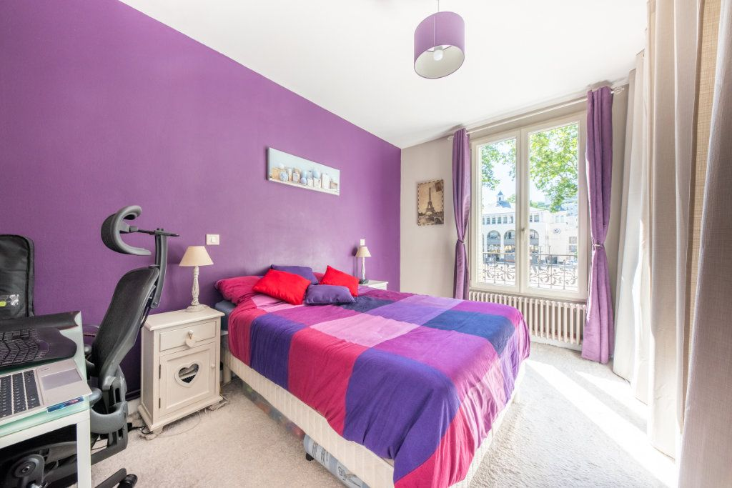 Appartement à louer 3 52.34m2 à Chaville vignette-5