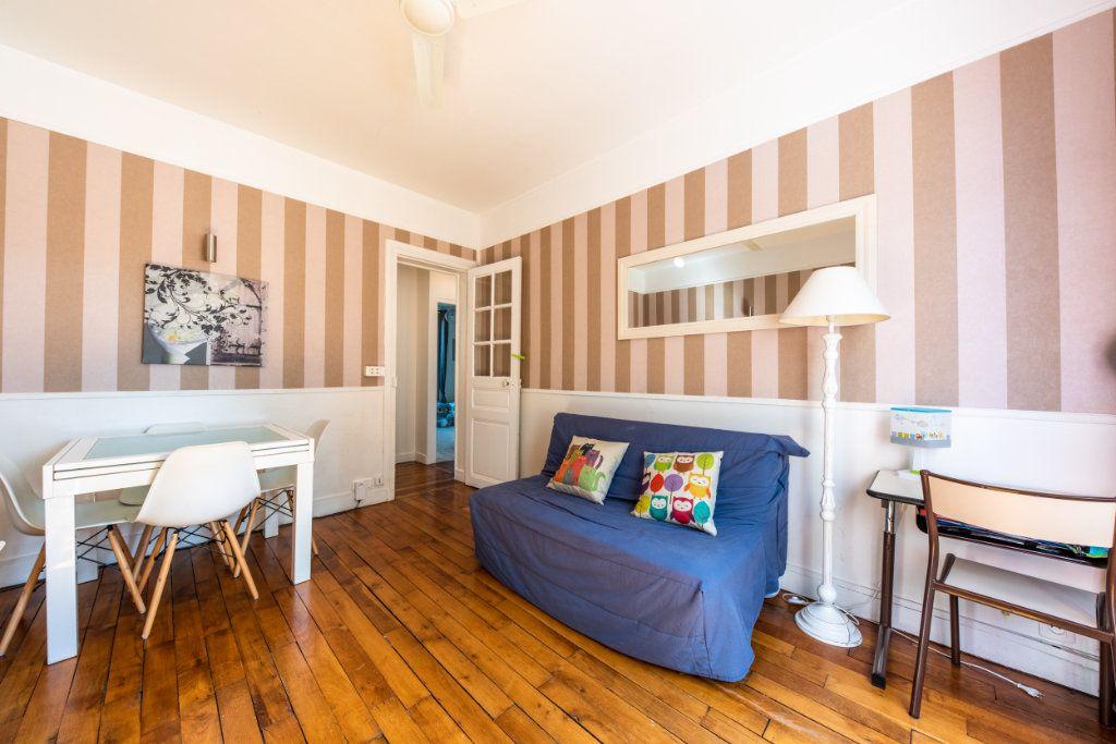 Appartement à louer 3 52.34m2 à Chaville vignette-8