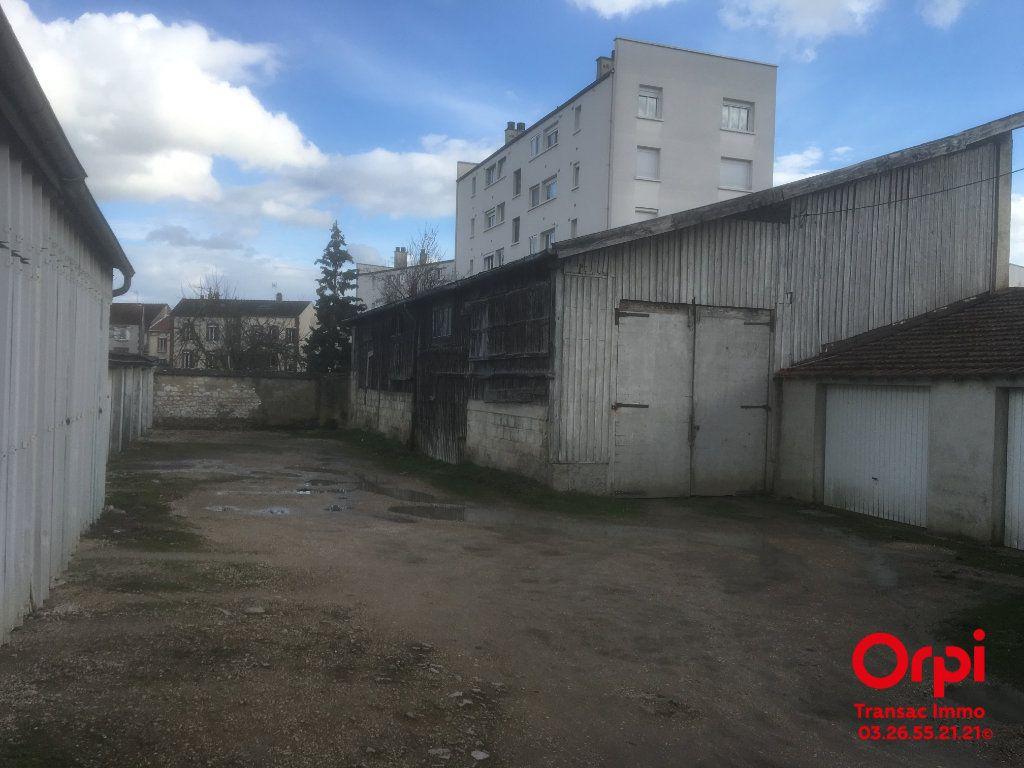 Terrain à vendre 0 1174m2 à Épernay vignette-2