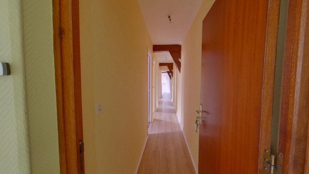 Appartement à louer 3 80m2 à Épernay vignette-4