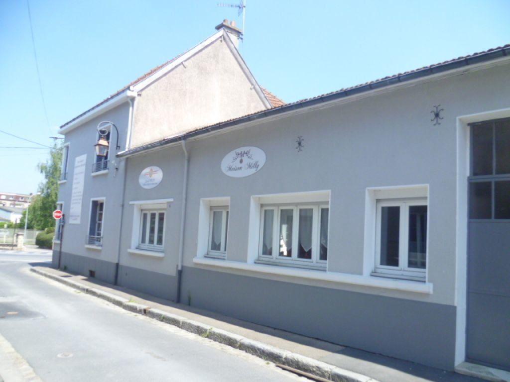 Maison à vendre 8 192.93m2 à Épernay vignette-4