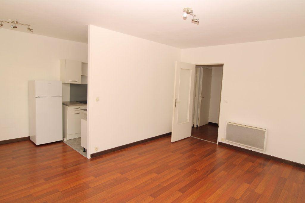 Appartement à vendre 3 69.34m2 à Épernay vignette-1
