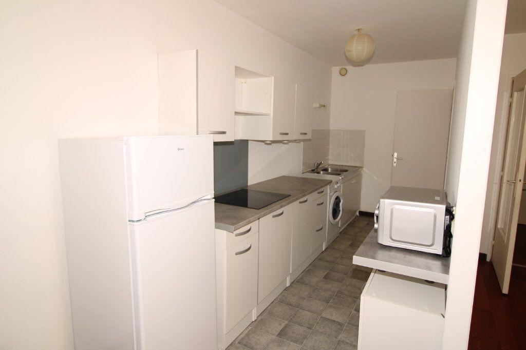 Appartement à vendre 3 69.34m2 à Épernay vignette-3