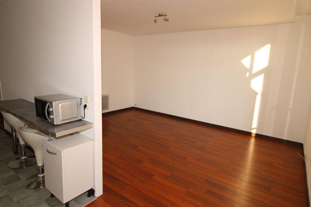 Appartement à vendre 3 69.34m2 à Épernay vignette-4