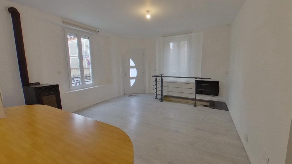 Appartement à vendre 3 62m2 à Épernay vignette-2