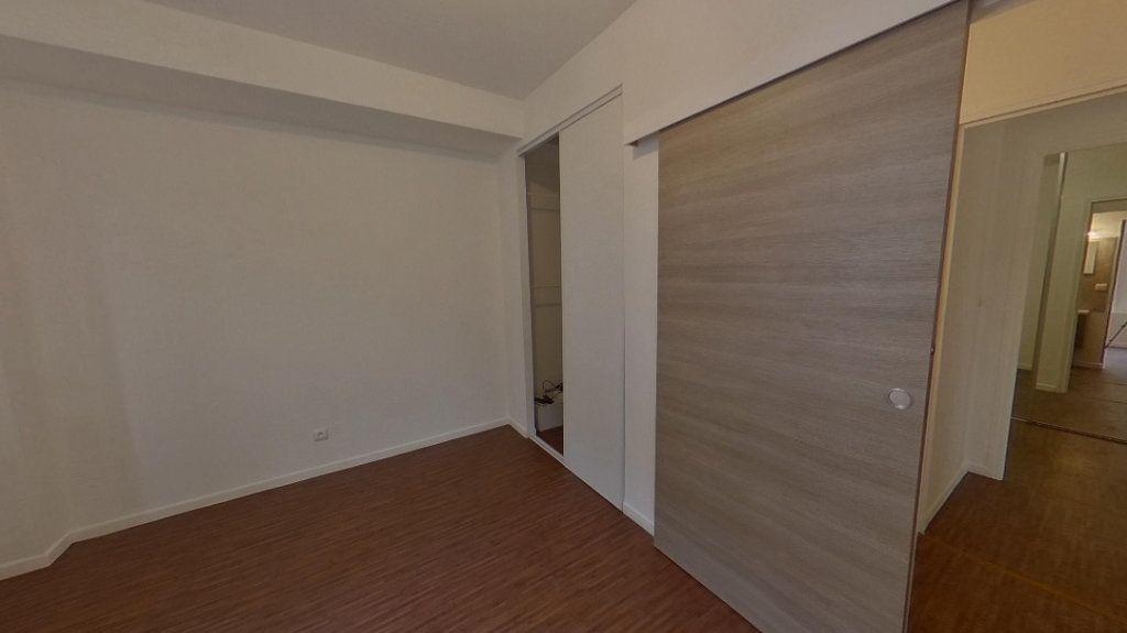 Appartement à vendre 3 62m2 à Épernay vignette-4