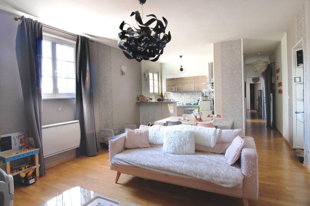 Appartement à vendre 4 75m2 à Épernay vignette-1
