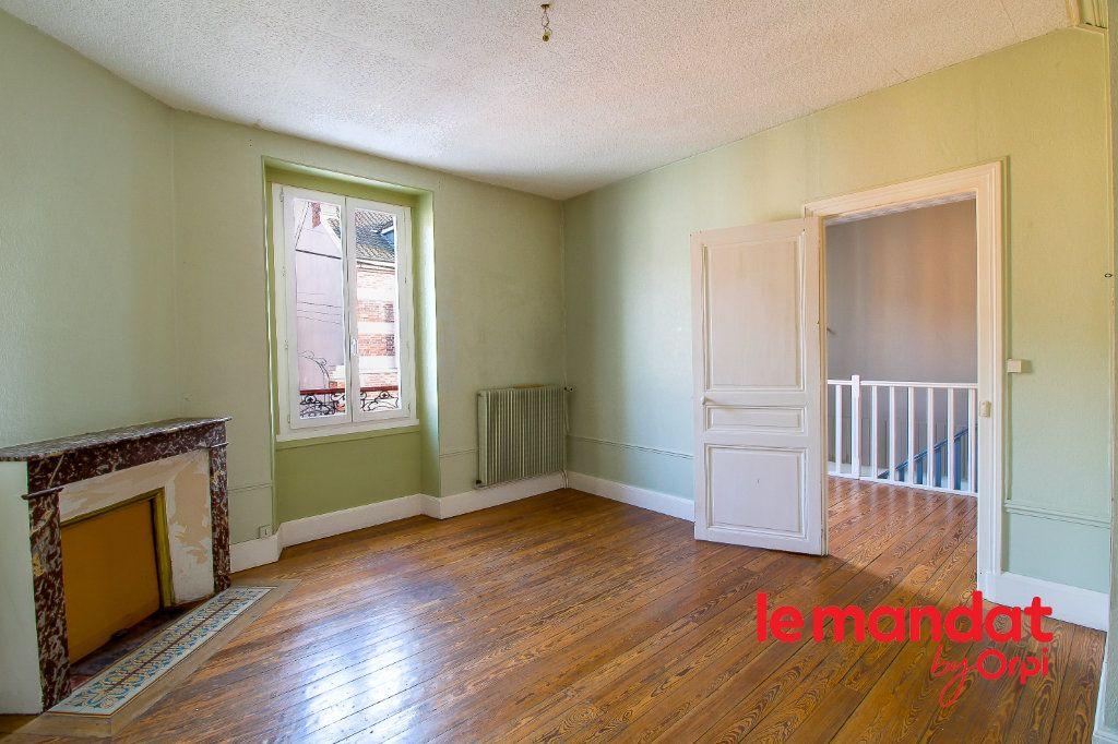 Maison à vendre 5 107m2 à Épernay vignette-5