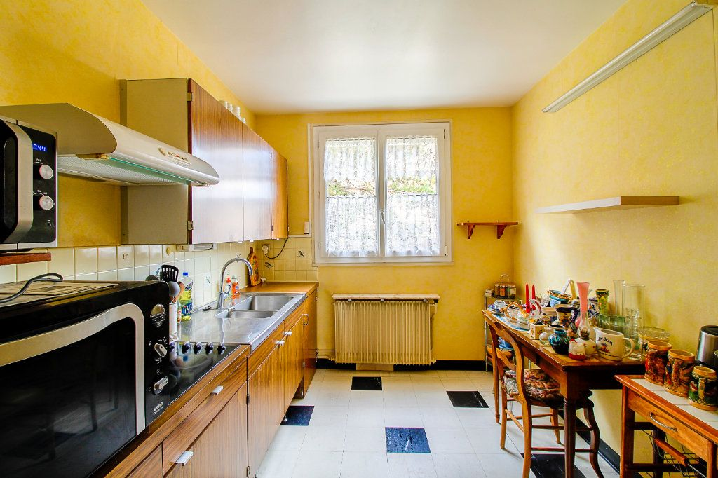 Appartement à vendre 3 75.61m2 à Épernay vignette-3