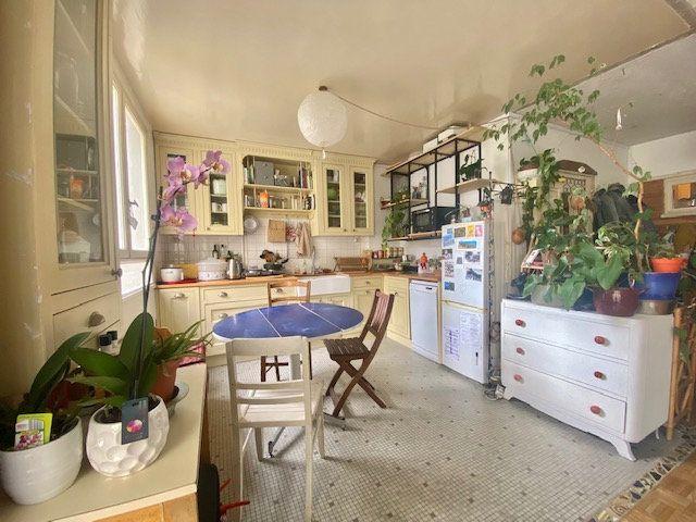 Appartement à vendre 3 71.75m2 à Paris 19 vignette-2