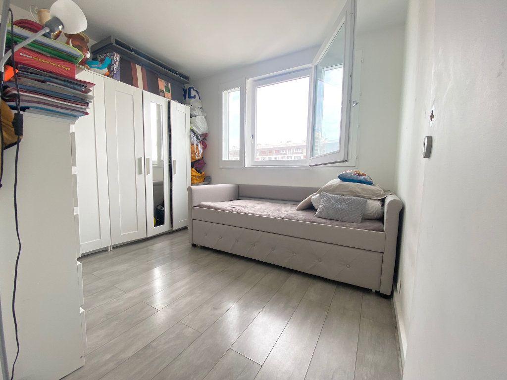 Appartement à vendre 4 90.87m2 à Charenton-le-Pont vignette-6