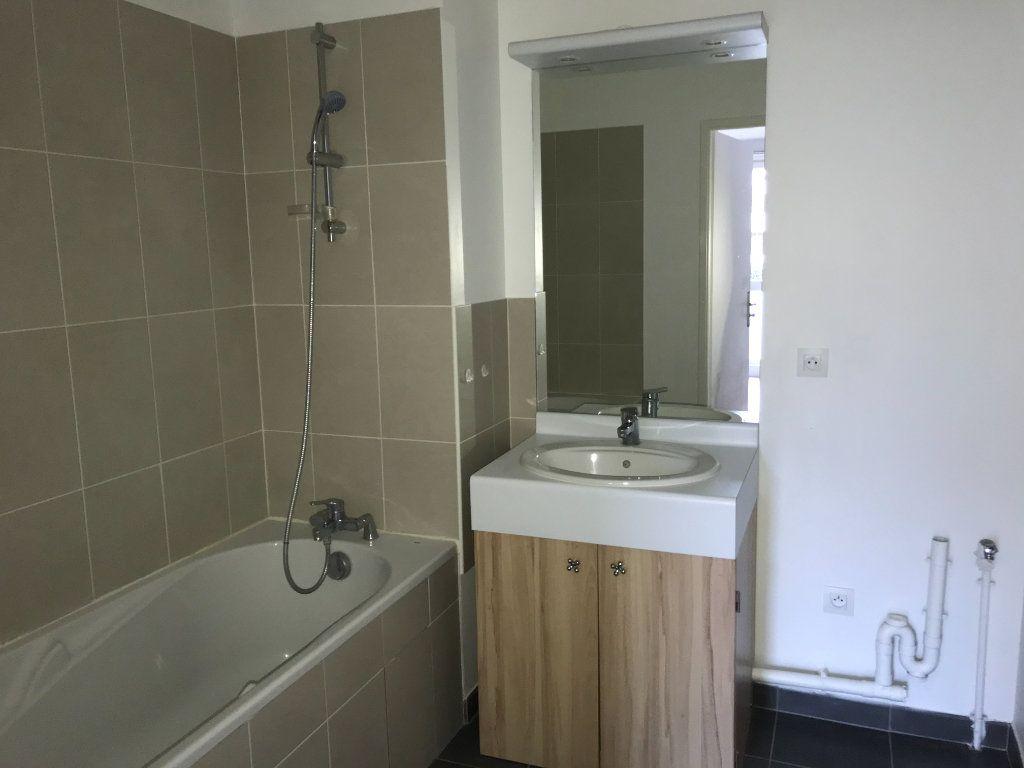 Appartement à louer 2 44.7m2 à Montévrain vignette-7
