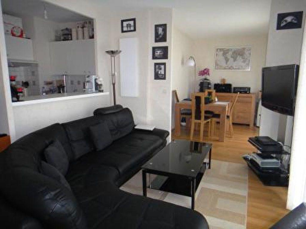 Appartement à louer 2 46m2 à Chessy vignette-1