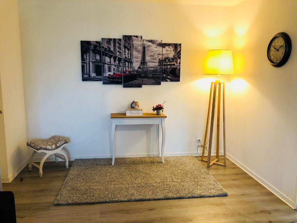 Appartement à louer 3 69m2 à Serris vignette-5