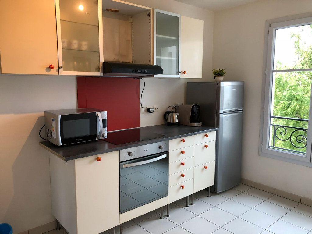 Appartement à louer 3 69m2 à Serris vignette-7