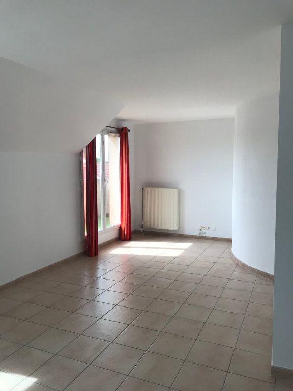 Appartement à louer 3 55.11m2 à Serris vignette-3