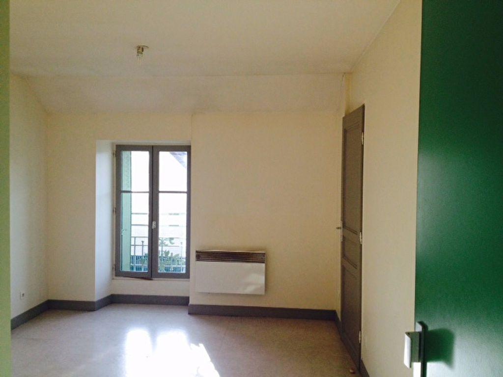 Appartement à louer 1 18m2 à Serris vignette-2