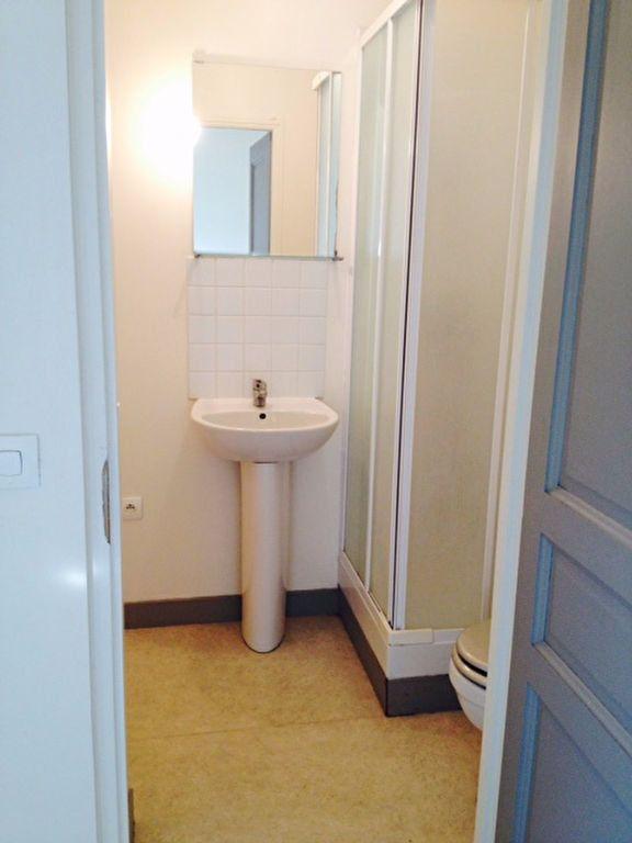Appartement à louer 1 18m2 à Serris vignette-3
