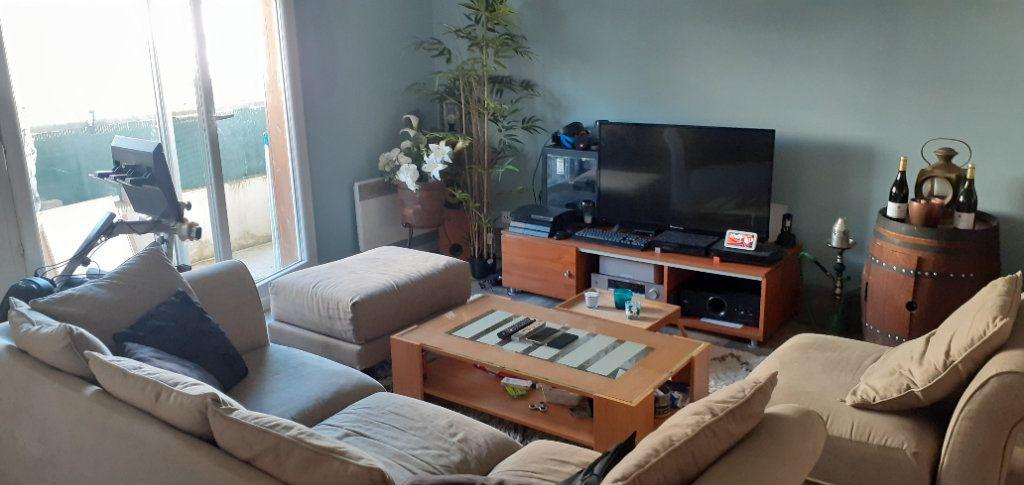 Appartement à louer 2 43m2 à Montévrain vignette-2
