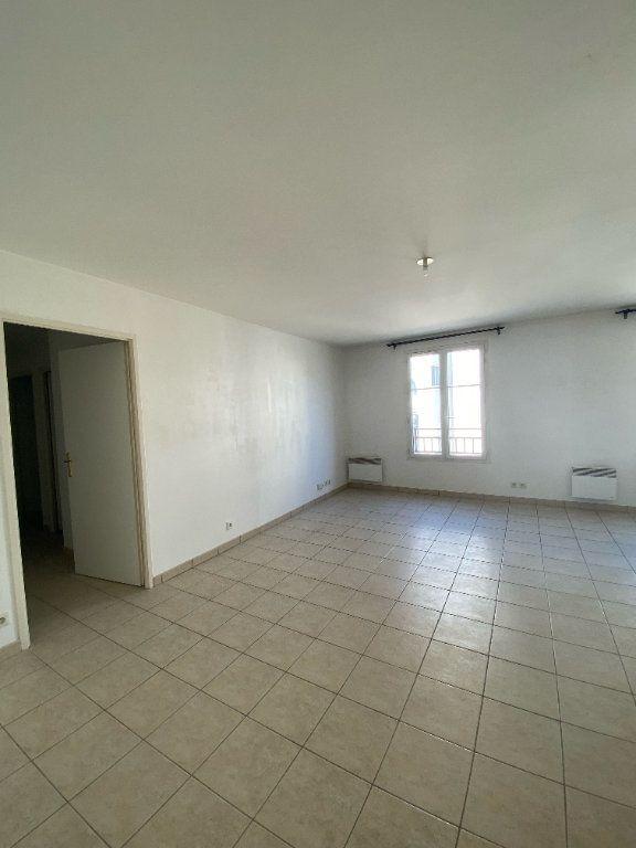 Appartement à louer 3 59m2 à Magny-le-Hongre vignette-2