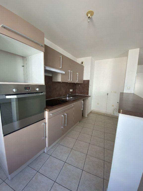 Appartement à louer 3 59m2 à Magny-le-Hongre vignette-4
