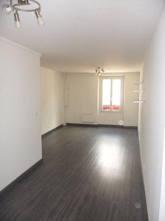 Appartement à louer 3 52.66m2 à Faremoutiers vignette-2