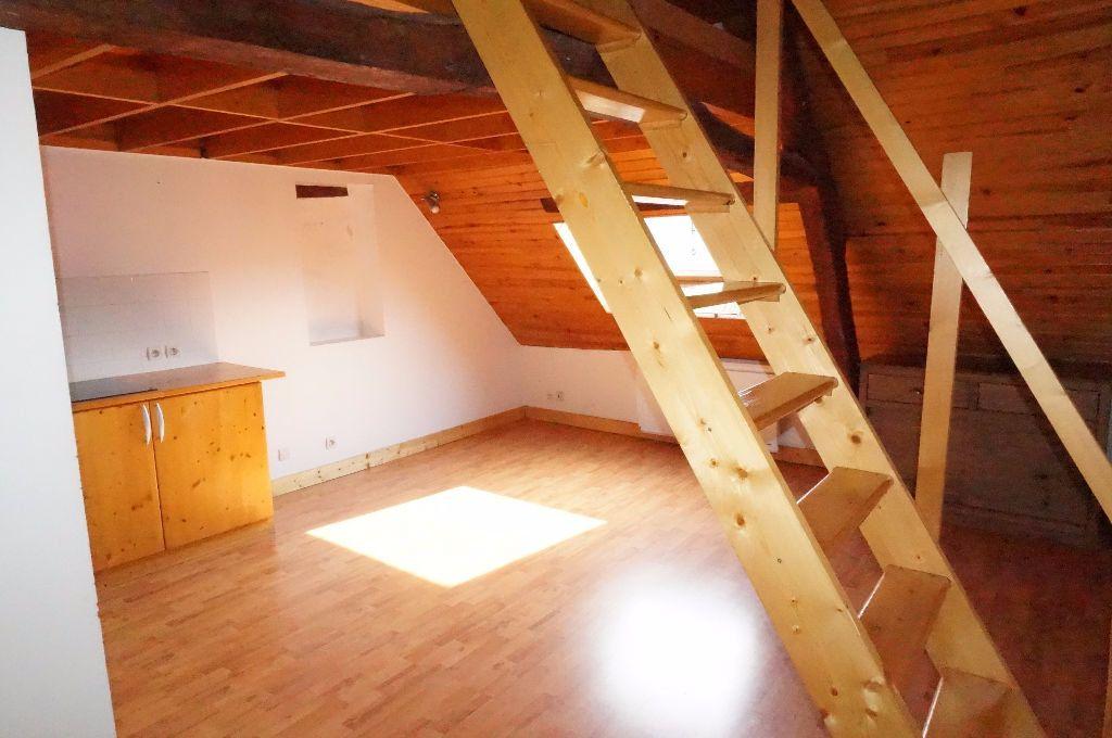 Appartement à louer 2 30.53m2 à Crécy-la-Chapelle vignette-3