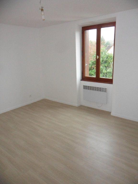 Appartement à louer 3 51.8m2 à Bouleurs vignette-3