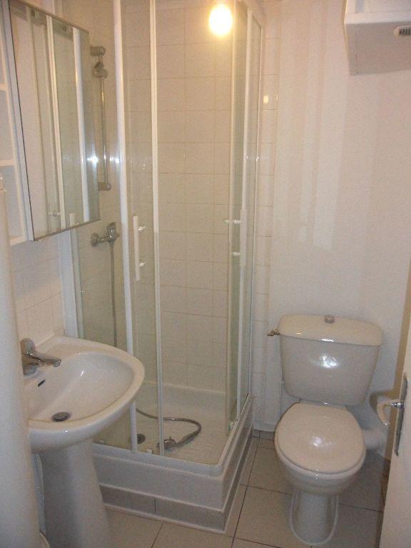 Appartement à louer 2 25.95m2 à Crécy-la-Chapelle vignette-4