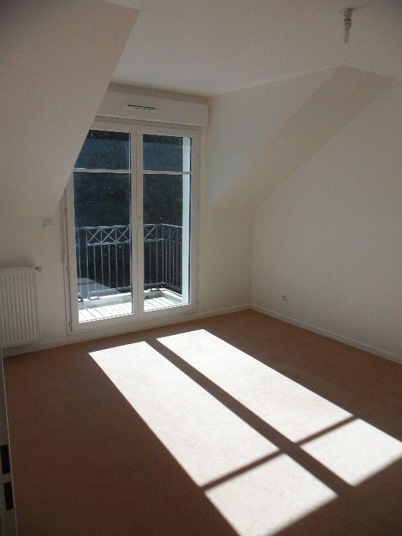 Appartement à louer 2 33.9m2 à La Chapelle-la-Reine vignette-2