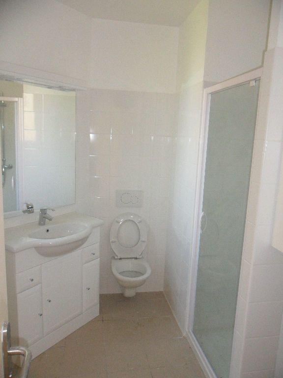 Appartement à louer 2 39.65m2 à Vignely vignette-5