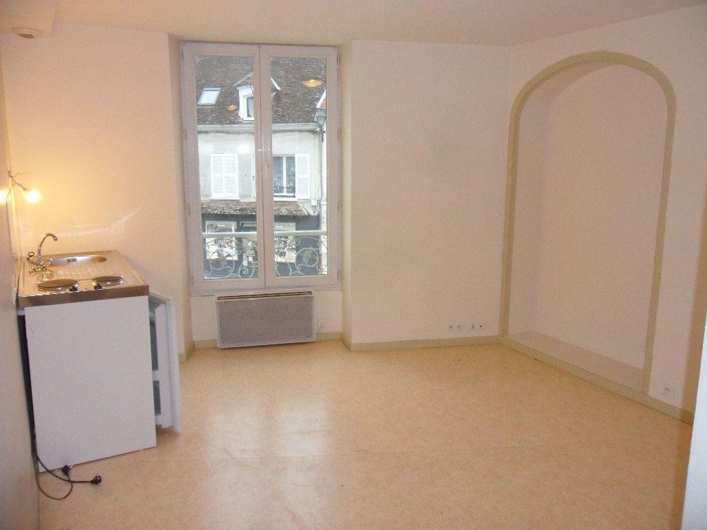 Appartement à louer 2 35.64m2 à Crécy-la-Chapelle vignette-2