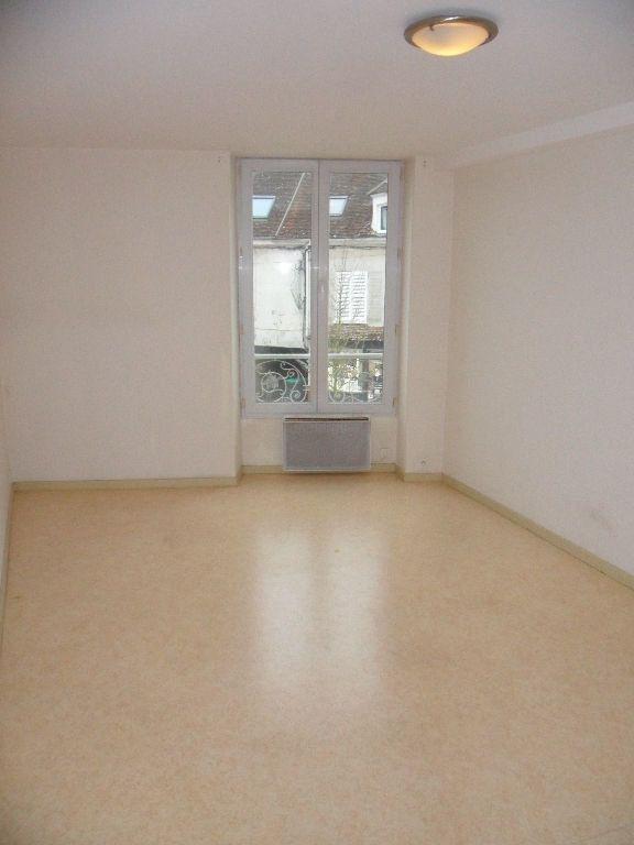 Appartement à louer 2 35.64m2 à Crécy-la-Chapelle vignette-3