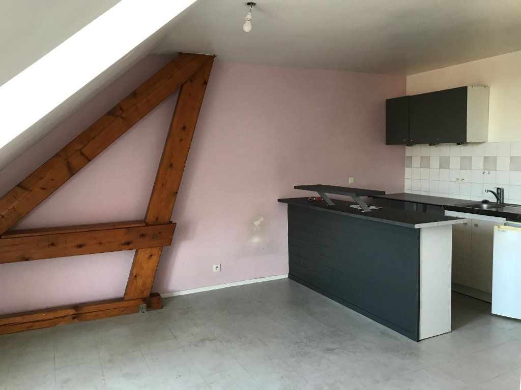 Appartement à louer 1 24.8m2 à Crécy-la-Chapelle vignette-3