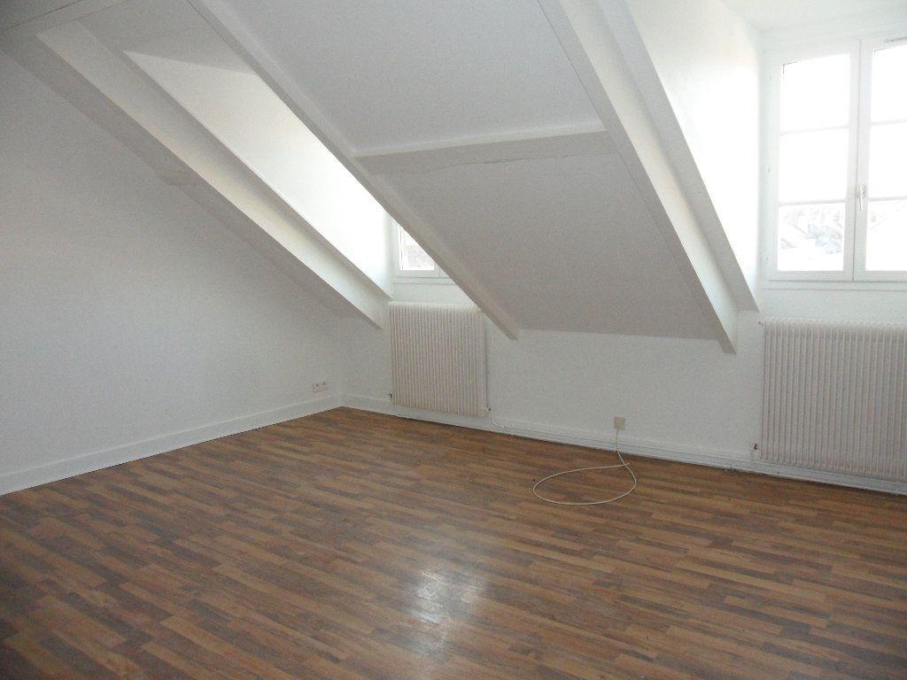 Appartement à louer 1 36.66m2 à Crécy-la-Chapelle vignette-2