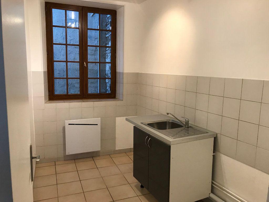Appartement à louer 3 44.99m2 à Montry vignette-3