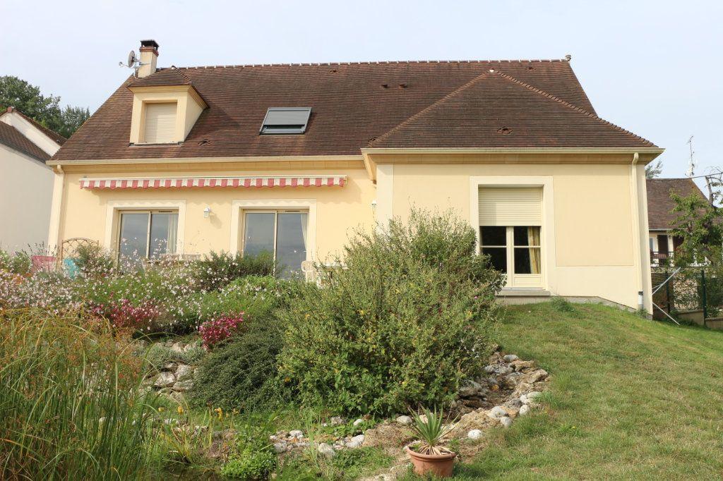 Maison à vendre 5 180m2 à Tigeaux vignette-2