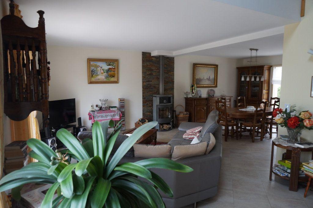 Maison à vendre 5 180m2 à Tigeaux vignette-4