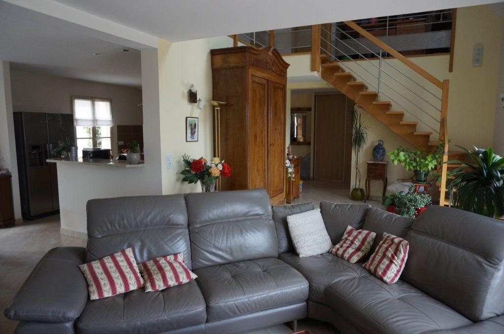 Maison à vendre 5 180m2 à Tigeaux vignette-6