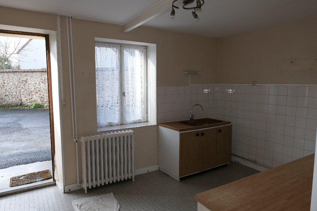 Maison à vendre 5 150m2 à Maisoncelles-en-Brie vignette-4