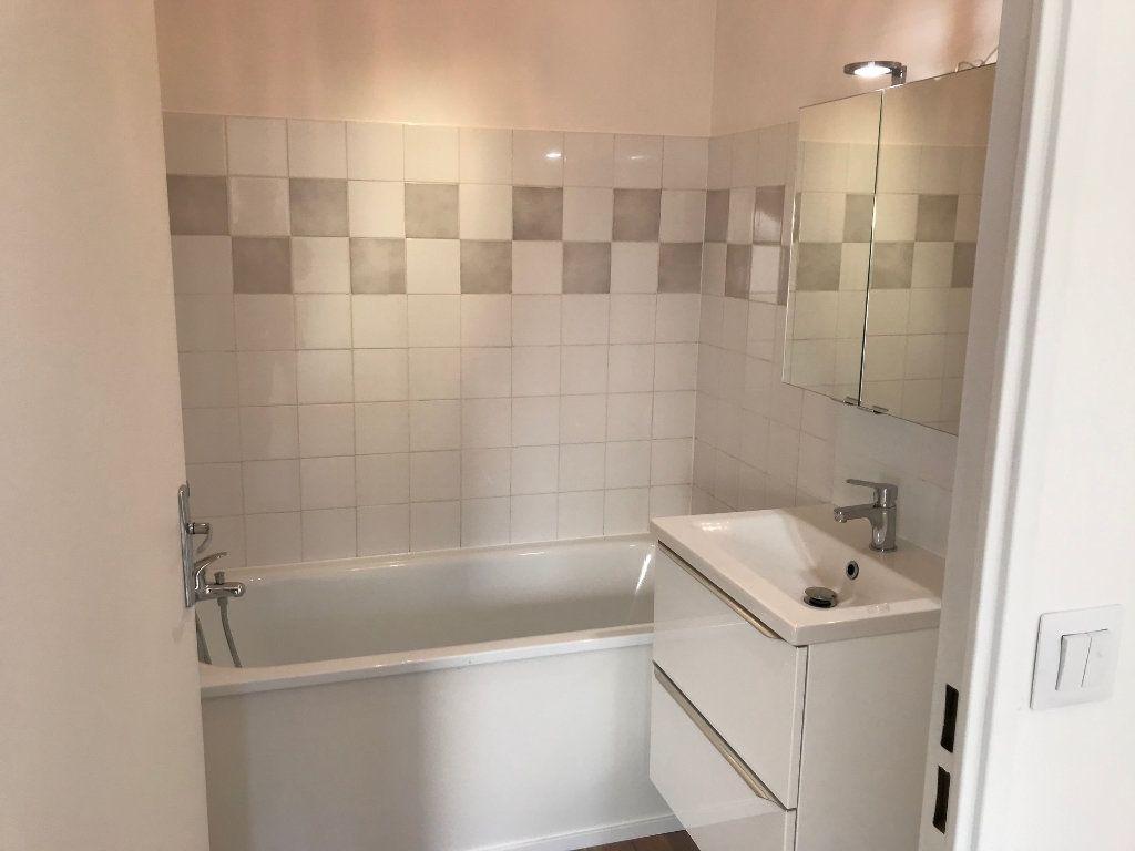 Appartement à louer 2 48.61m2 à Crécy-la-Chapelle vignette-6