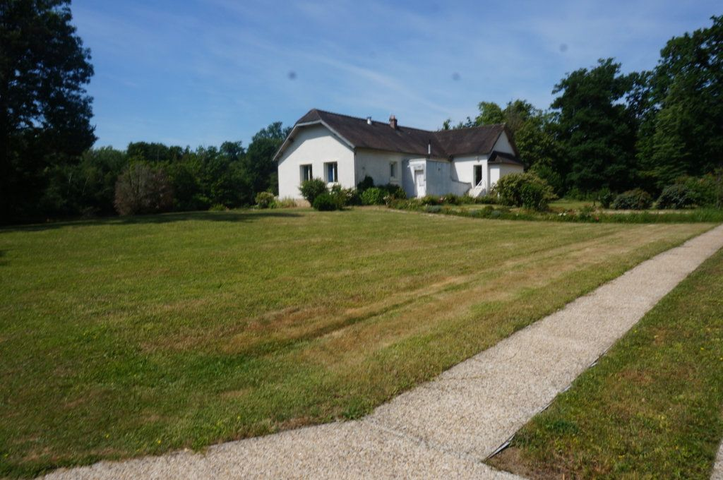Maison à vendre 7 460m2 à Villeneuve-le-Comte vignette-6