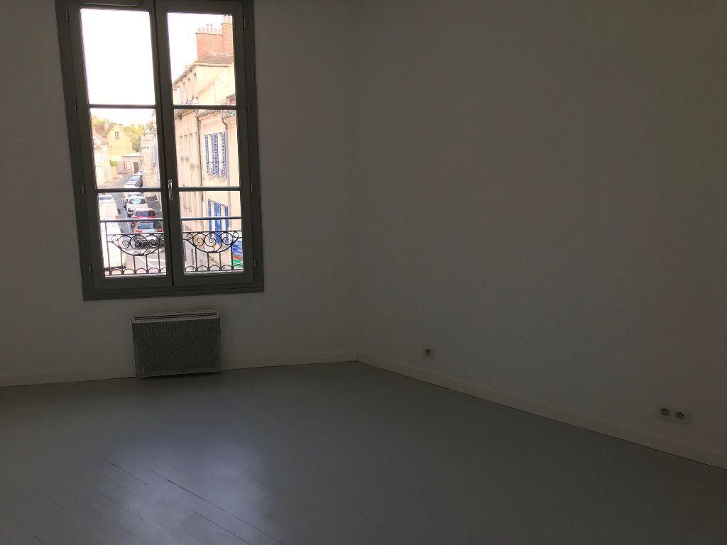Appartement à louer 3 71.79m2 à Crécy-la-Chapelle vignette-7