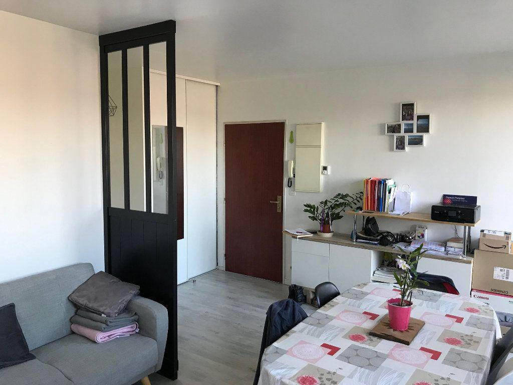 Appartement à louer 2 45.92m2 à Villenoy vignette-2